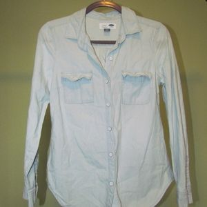 Old Navy light blue chambray long sleeve